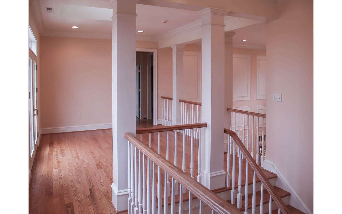 Green Hill Manor Stair to Mezzanine